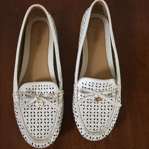 MICHAEL KORS Laser Cut Leather Moccasin Loafers 9M
